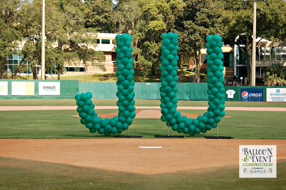JU-balloon-sculpture